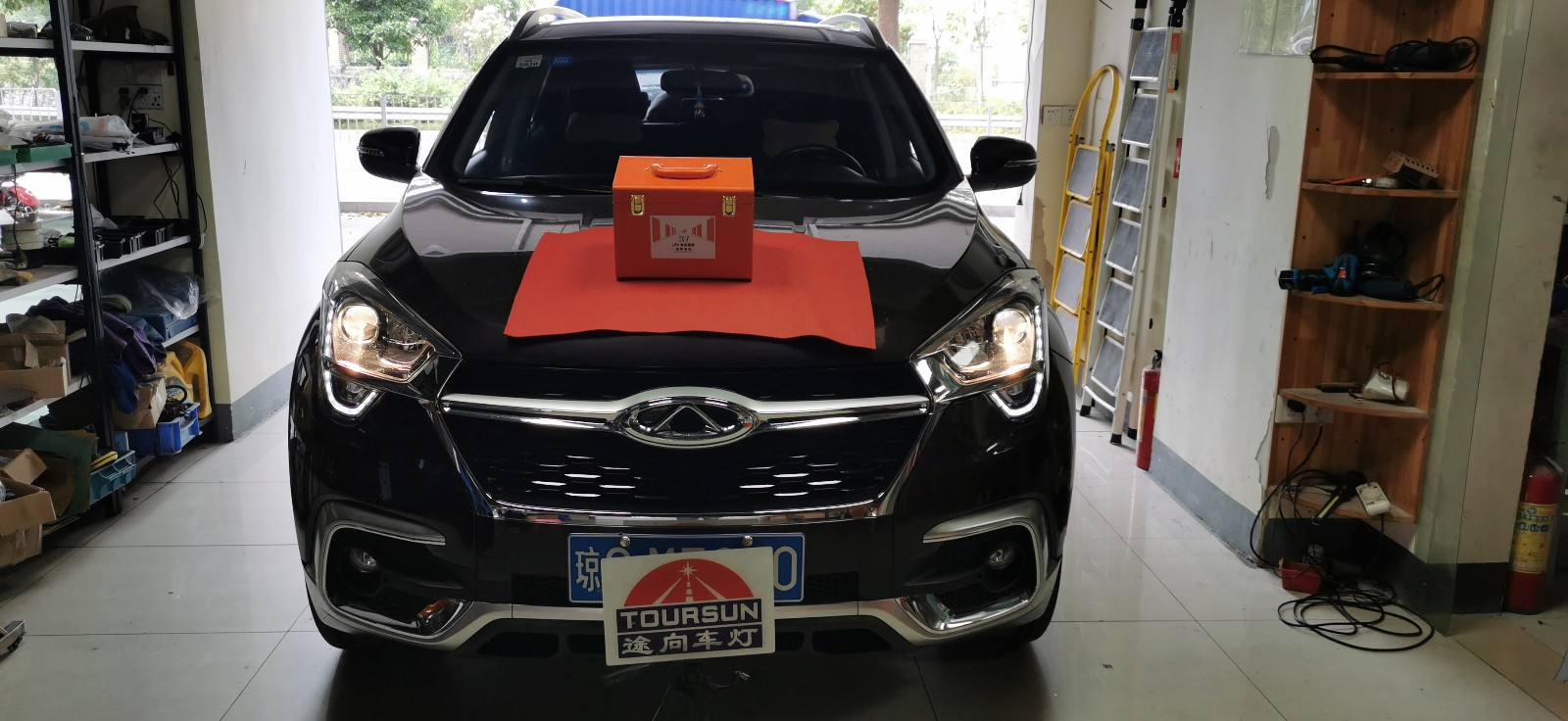 奇瑞瑞虎5X原車鹵素燈改led雙(shuang)光透(tou)鏡改後案例圖片